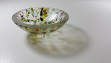glas bowl with stream shadow
