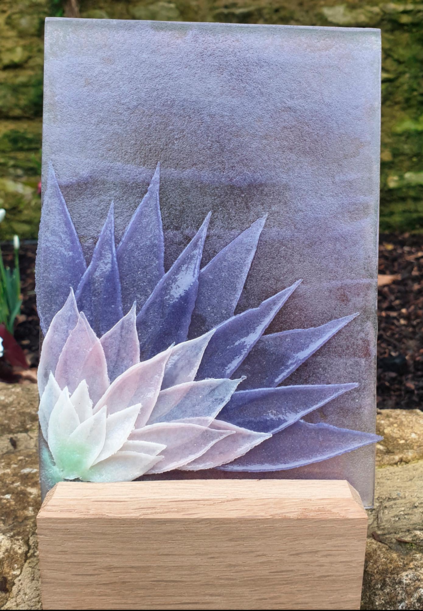 Feathered Glass Lilac Dahlia